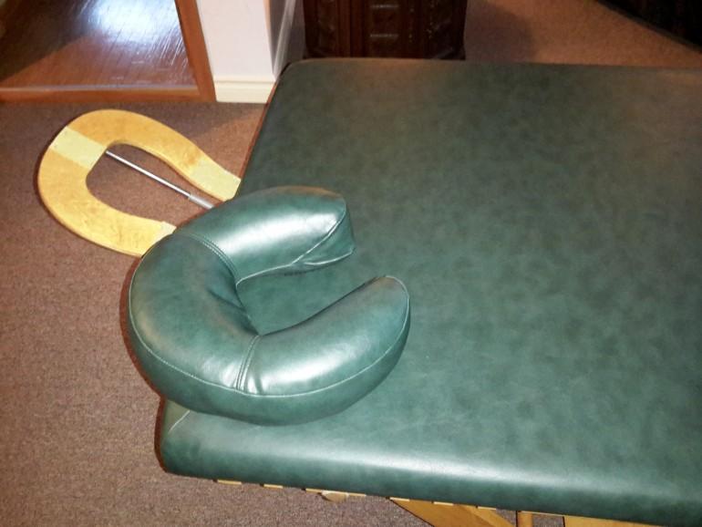 table de massage fixe en ch ne anq. Black Bedroom Furniture Sets. Home Design Ideas